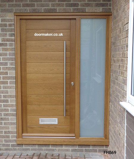Oak Contemporary Door And Frame Sidelight