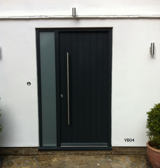 contemporary vertical boarded door vb04