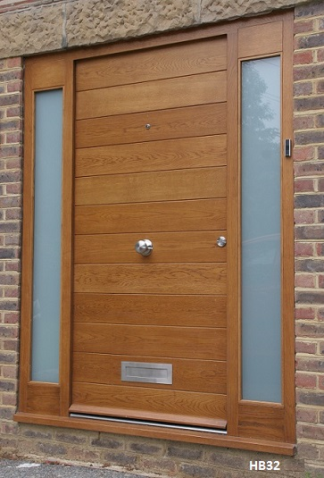 contemporary oak door and side panels