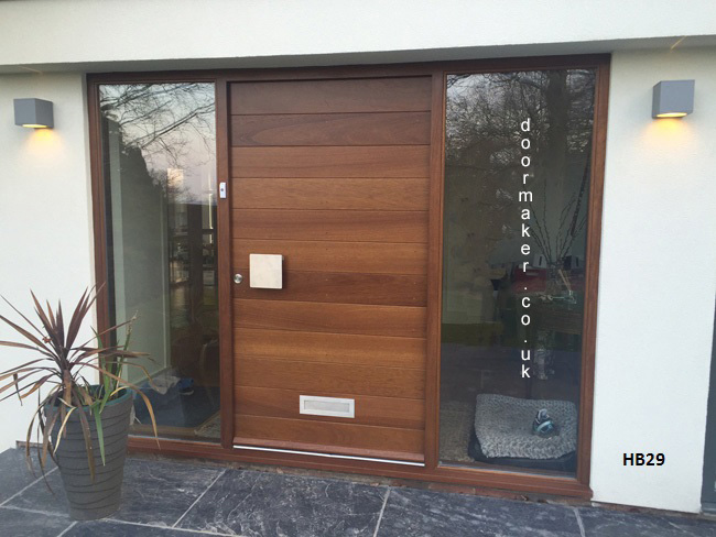 iroko contemporary doorset with sidelights